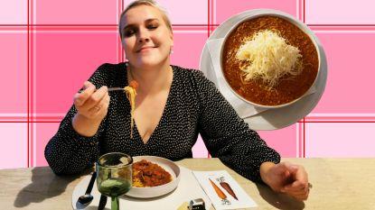 """Kan de beroemde spaghetti bolognese van The Fox Pub in Aalst onze reviewer Lara bekoren? """"Ik verwachtte een smaakorgasme"""""""