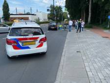 Fietser gewond na botsing met auto in Putten: vrouw naar ziekenhuis