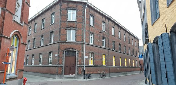 In het Zwartzustersklooster komen klaslokalen voor de muziekschool en het CVO