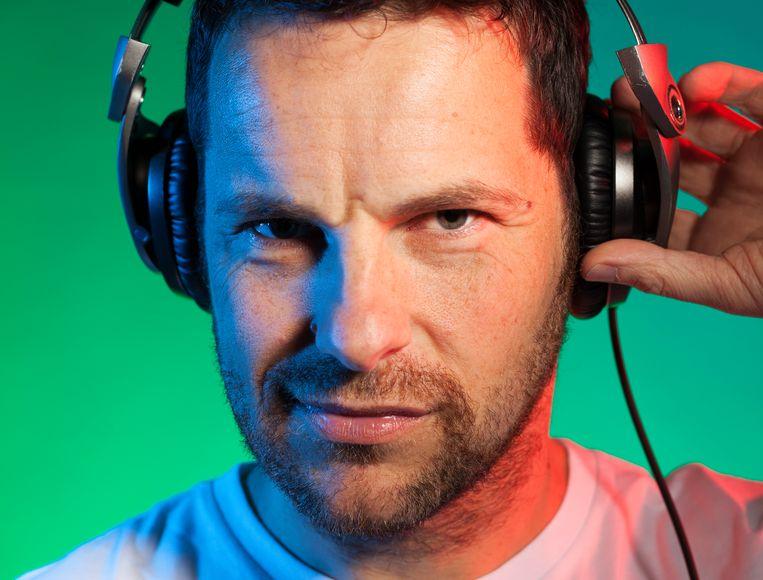 Paul Nederveen , alias  DJ St. Paul draait al ruim twintig jaar op festivals als Into The Great Wide Open en bij poppodium TivoliVredenburg in Utrecht. Beeld Martijn Gijsbertsen