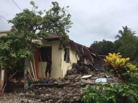 Zeeuwen onder de indruk van ravage op Ambon: 'alles ligt plat'