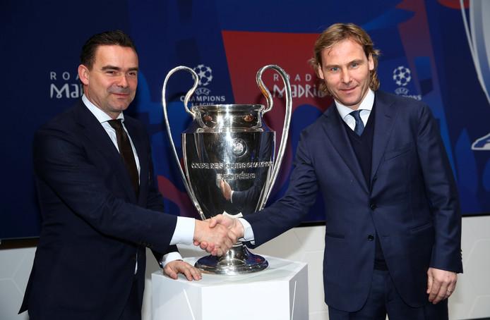 Technisch directeuren Marc Overmars (Ajax) en Pavel Nedved (Juventus).