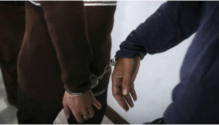 Homoseksualiteit is niet verboden in Indonesië maar volgens de politie werden de pornowetten overtreden.
