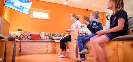 Caspar (10) vindt het niet erg dat het rustig is bij de gamedagen in Almelo