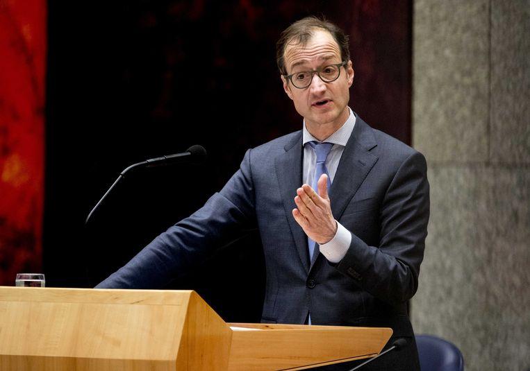 Eric Wiebes, minister van economische zaken en klimaat, tijdens een debat in de Tweede Kamer. Beeld ANP