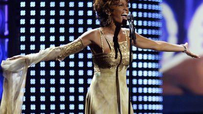 Bijbel Whitney Houston onder de hamer voor 80.000 euro