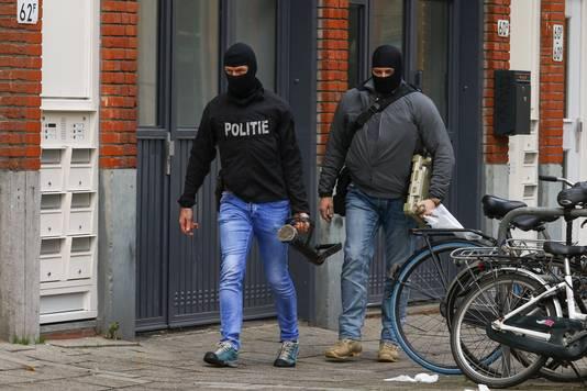 Een arrestatie bij de Diergaardesingel.