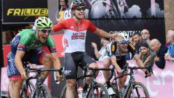 Talentvolle Belg lijkt te winnen in Giro U23, maar maakt vervolgens jammerlijke inschattingsfout