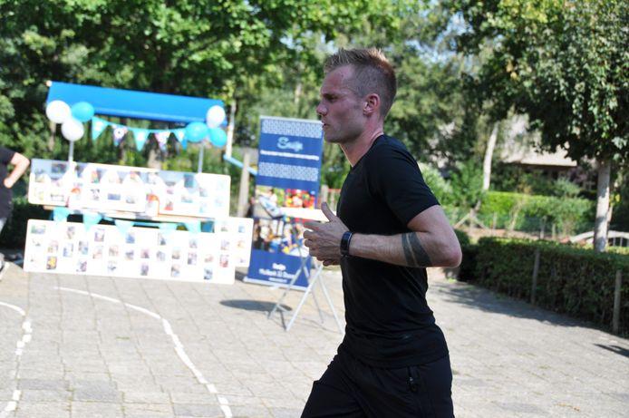 Wesley Quist liep 50 kilometer voor Stichting SoSijn.
