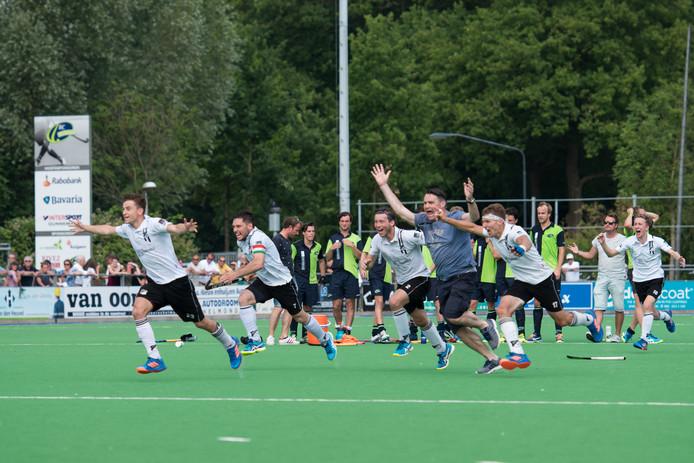 Zwart-Wit speelt ook na de zomer in de overgangsklasse van het Nederlandse hockey.