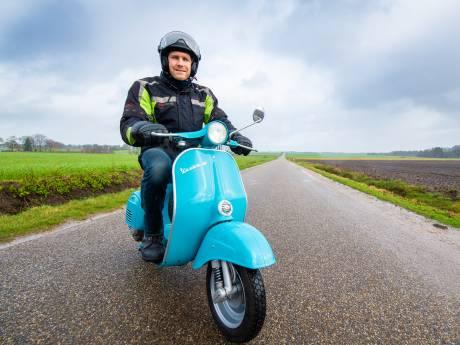Wijnand uit Beekbergen laat zijn oude Vespa elektrisch rijden