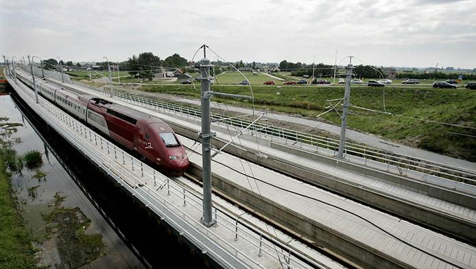Een Thalys op het HSL-traject