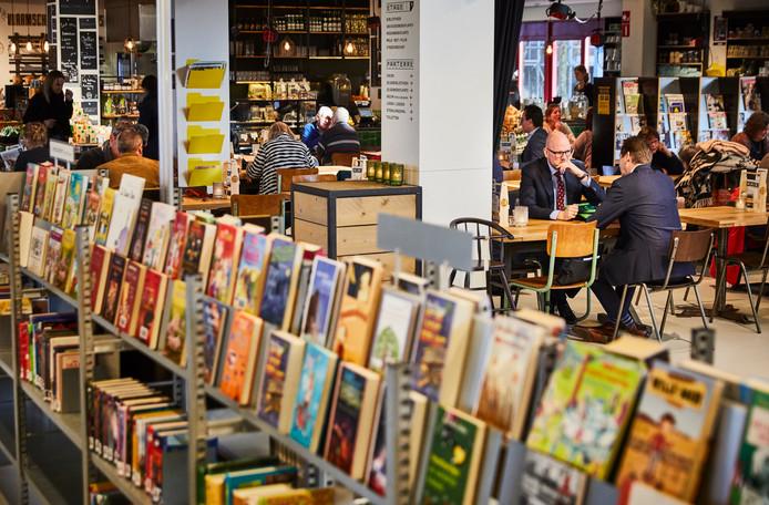 In de bibliotheek van Gouda kun je ook terecht voor een kop koffie.