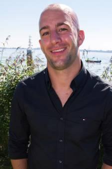 JayJay Boske doet mee aan Swim to Fight Cancer Stichtse Vecht