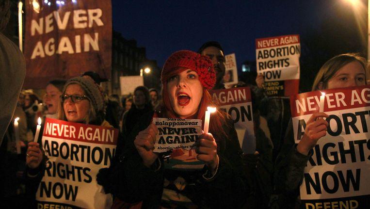 Een eerdere demonstratie vóór het recht op abortus, kort nadat de Indiase vrouw was overleden. Beeld afp