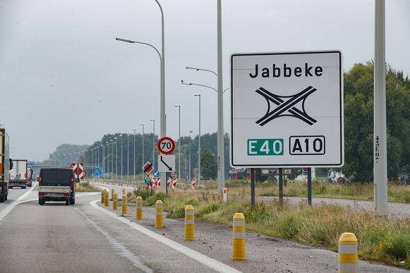 De taxichauffeurs deden onder meer de snelwegparking in Jabbeke aan.