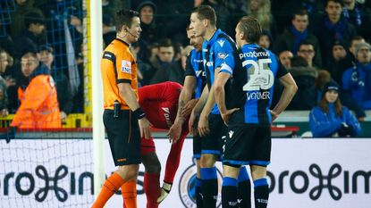 VIDEO: Van Driessche gaf drie strafschoppen en floot oerdegelijke wedstrijd