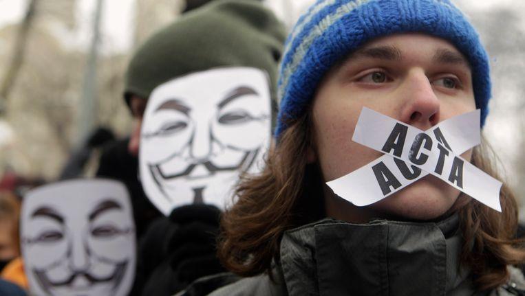 Protest tegen ACTA in Riga, afgelopen weekend. Beeld REUTERS
