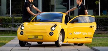 Deze sportwagen is gemaakt van afval en komt uit Eindhoven
