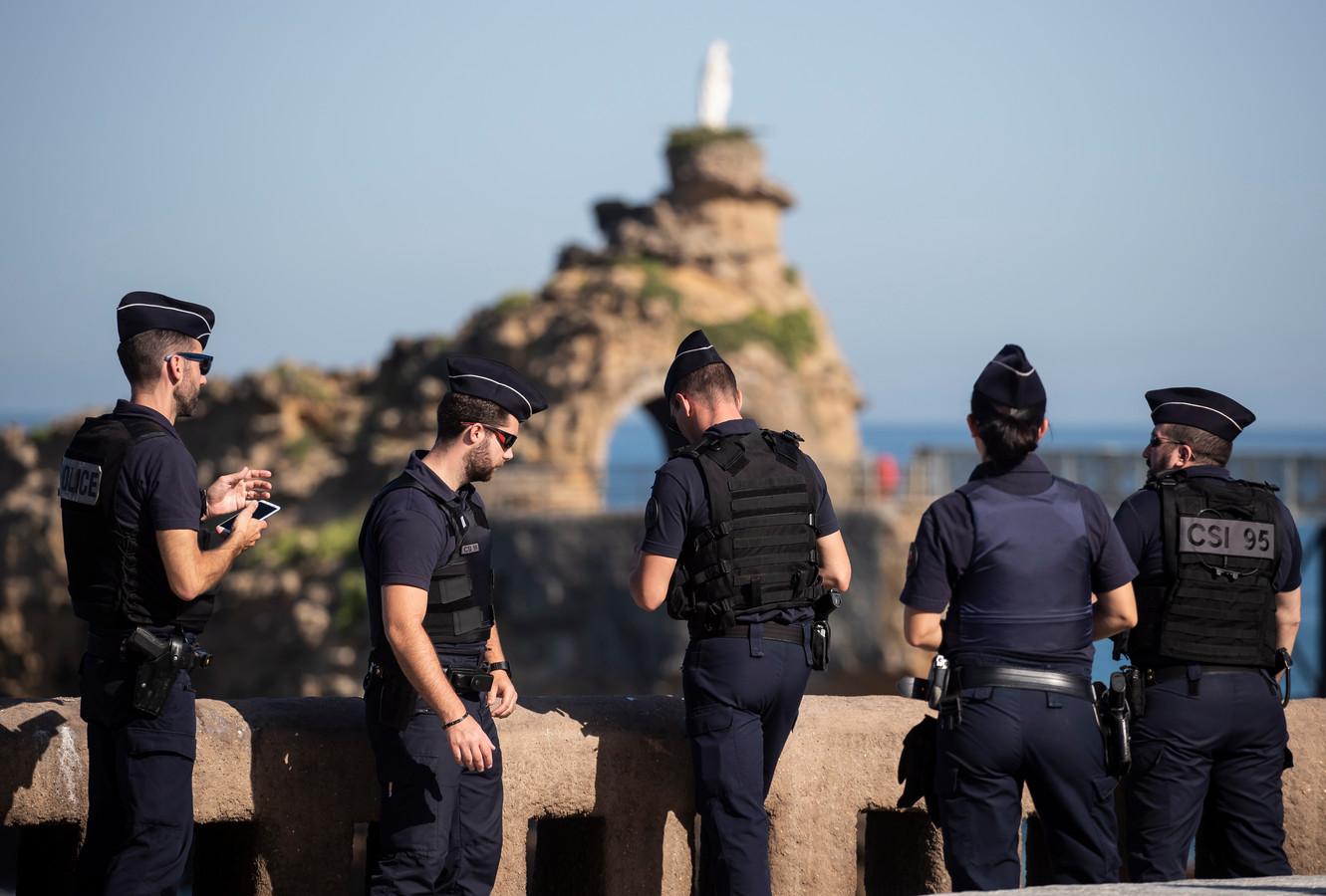 Agenten in Biarritz.