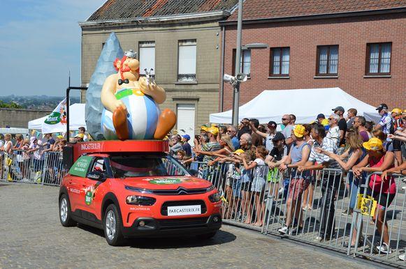 Publiciteitskaravaan Tour de France op de Vesten in Geraardsbergen.