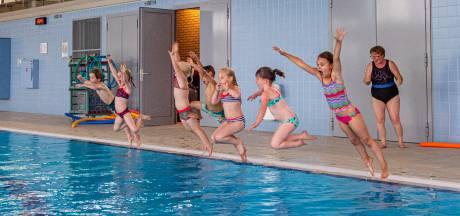 Zwemlessen weer op de politieke agenda in Eindhoven