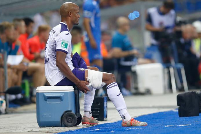 Kompany s'est blessé vendredi soir sur la pelouse de Genk. Le leader du Sporting sera absent durant plusieurs semaines.