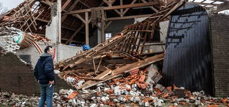 Storm verwoest schuur in Lage Zwaluwe