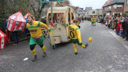 VIDEO. Aalst Carnaval: vergeten 'kampioen' Pico Coppens ook in de stoet