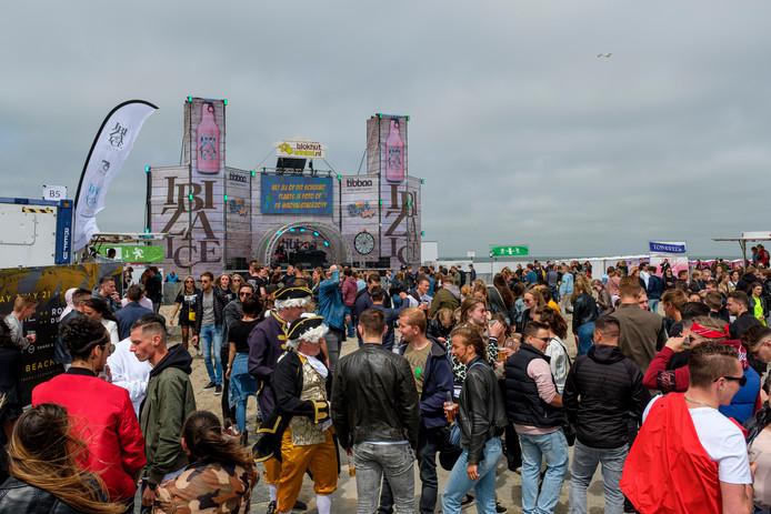Foto ter illustratie: de opening van het strandseizoen in Hoek van Holland