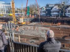 Schoon beton op vieze grond: fietsenkelder voor station Zwolle krijgt vloer