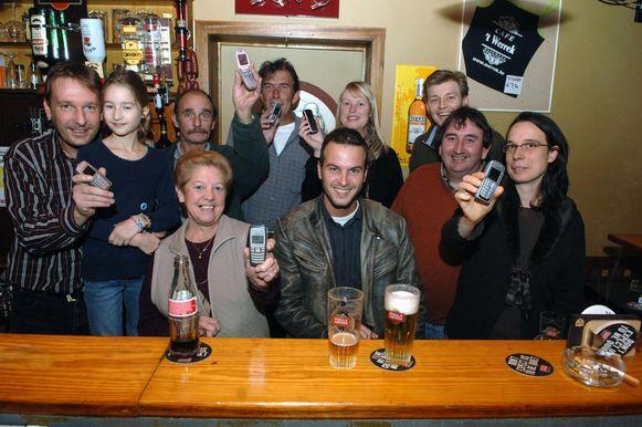 In 2006 schaarde café 't Werrek zich massaal achter Stan Van Samang tijdens de wedstrijd 'Steracteur Sterartiest'.