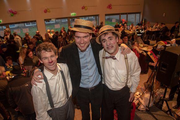 Nieuwjaarsreceptie Ledeberg : met kersvers burgemeester Mathias De Clercq.