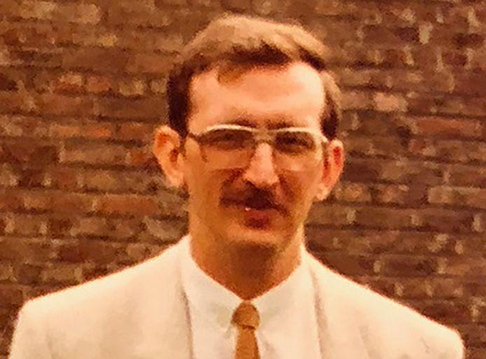 De Reus. Of niet? Of toch? Christiaan B., met de B van boeman. Het verdriet van België, zelfs meer dan dertig jaar na de Bende van Nijvel.
