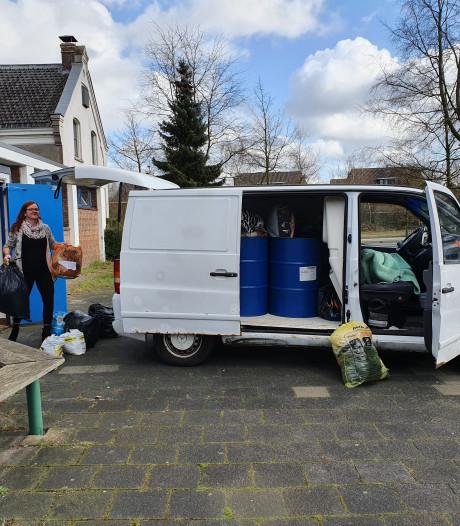 Bijstandsmoeder Sanne rijdt elke maand naar Calais: 'Ze worden behandeld als beesten'