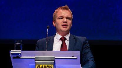 """Aanvaring tussen mediaminister Dalle en Vlaams Belang over """"belachelijke"""" diversiteitsquota bij de VRT"""