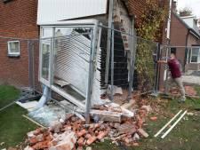 Woning van Jurgen en Maaike in puin door auto die naar binnen rijdt: 'Boem... en er zit een gat in je huis'