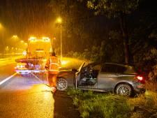 Regenbui verdrijft bestuurder van snelweg A50 bij Heerde