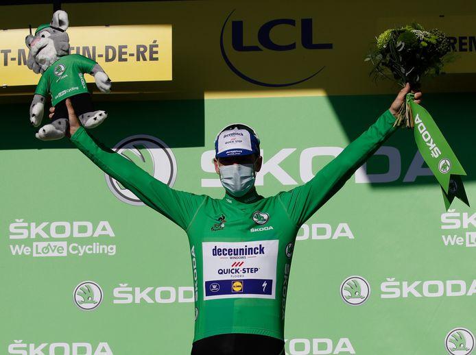 Sam Bennett in het groen.