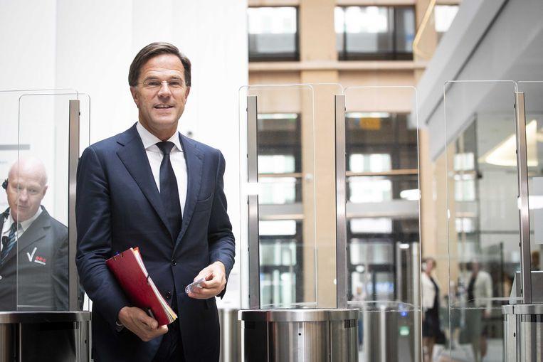 Minister president Mark Rutte maakt bekend dat het plan om de dividendbelasting af te schaffen definitief van de baan is.  Beeld ANP