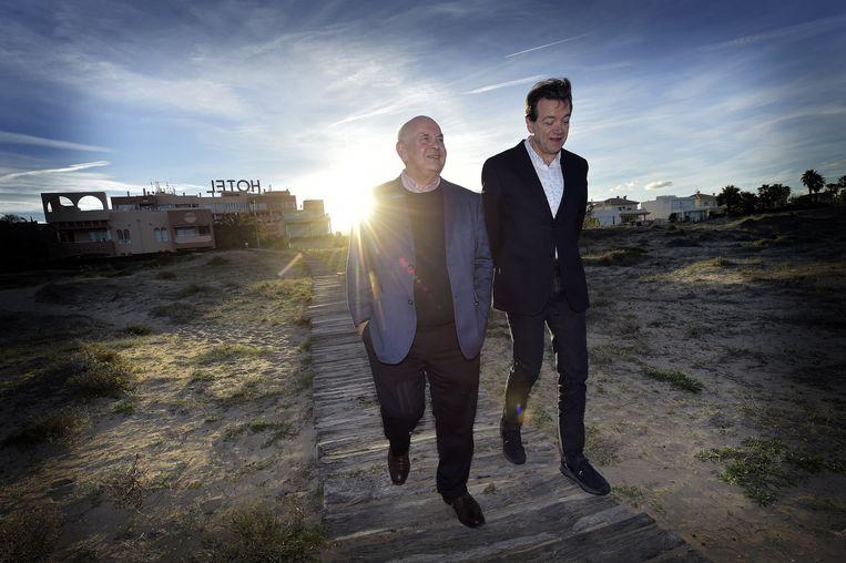 De Witte en Louwagie tijdens een stage twee jaar geleden samen op het strand in het Spaanse Oliva.