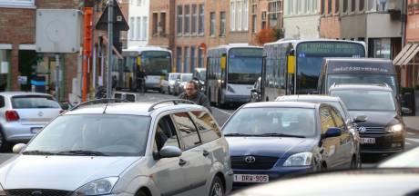 """Stad verlengt spertijd aan Gentpoort door lange files: """"Nu is het een ramp"""""""