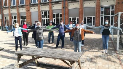 """Scholen bereiden zich voor op heropening: """"Die mondmaskers, dat is wel wennen"""""""