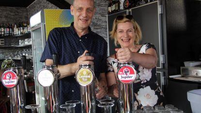 Legendarische Tet's Café maakt comeback als John's Café