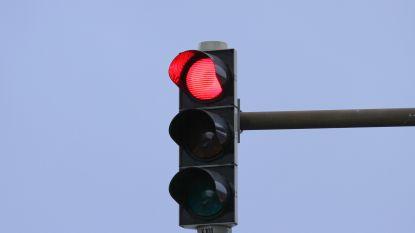 Rood licht niet overal even rood: plaats waar je overtreding begaat, bepaalt je straf