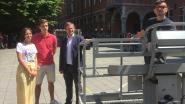 """Vlaams Parlementskandidaat Bart Vanmarcke voert ludieke campagne: """"De verkiezingskoorts stijgt dus gaan wij samen met scholieren de hoogte in om het debat te voeren."""""""