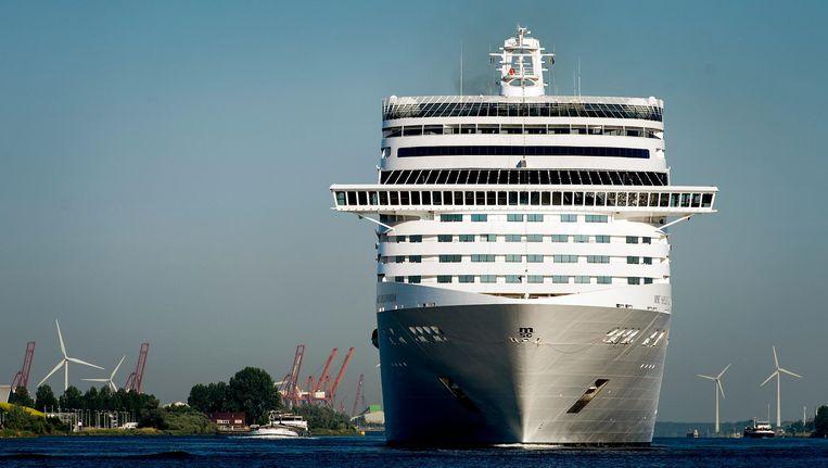 'Ook vanuit een andere aanlegplek zullen de vele toeristen van cruiseschepen hun weg vinden naar de binnenstad' Beeld anp
