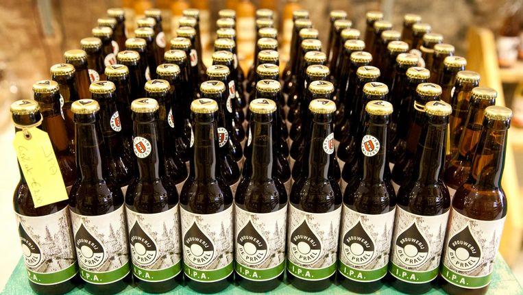 Flesjes bier van Brouwerij de Prael Beeld Roy del Vecchio