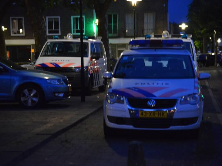 Twee aanhoudingen bij inval in café aan Monseigneur Nolensplein in Breda
