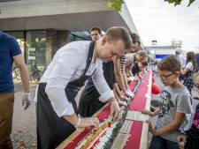 Mega sushirol van 20 meter in Oldenzaal